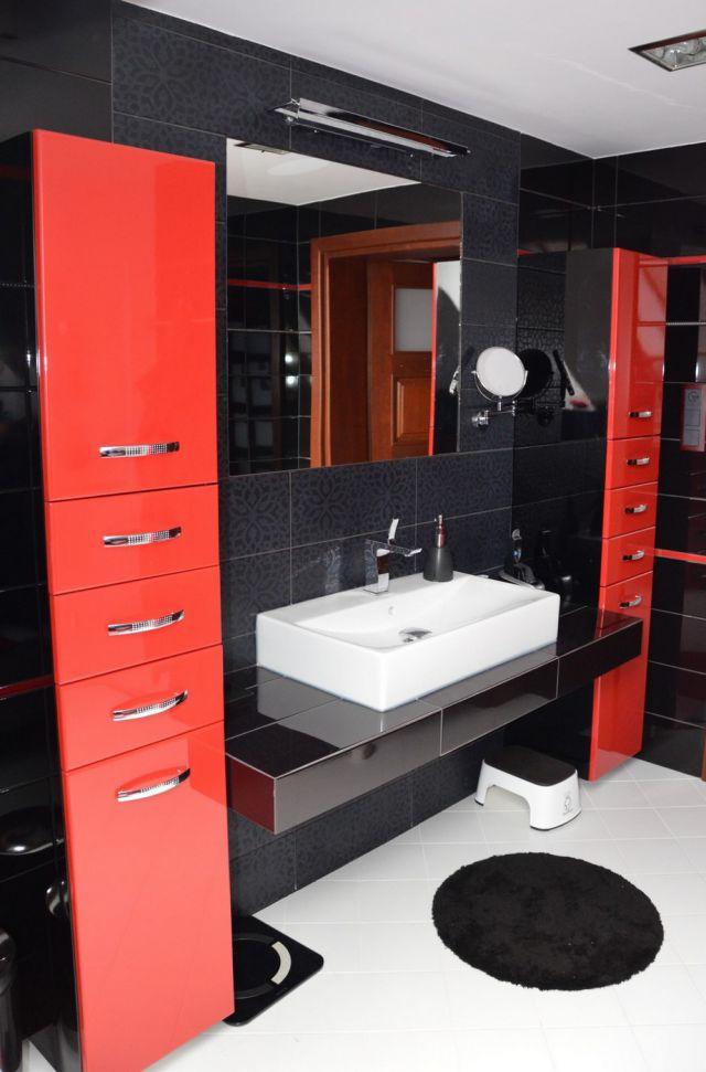 Galeria Zdjęć Zdjęcie Czarno Czerwona łazienka W Bloku