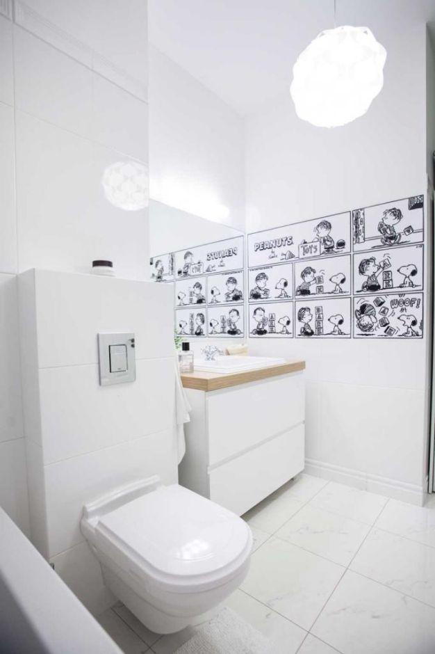 Galeria Zdjęć Zdjęcie Mała Biała łazienka Z Komiksem Na