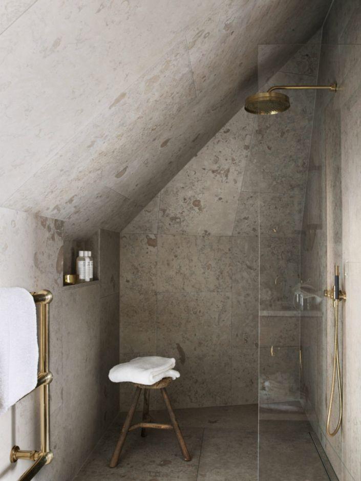 Galeria Zdjęć Zdjęcie Prysznic Pod Skosem W Betonowej