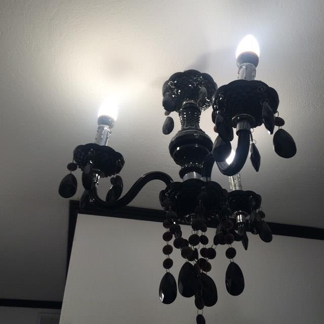 Galeria Zdjęć Zdjęcie Czarny żyrandol Z Kryształkami