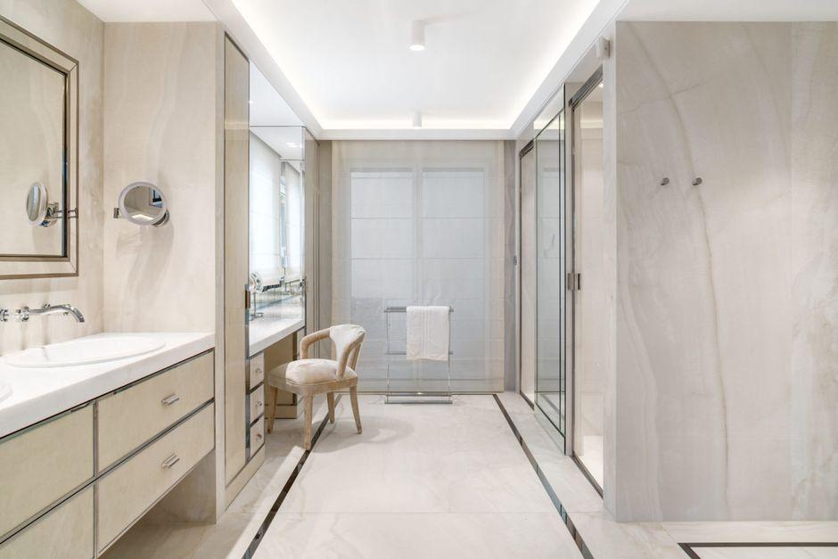 Galeria Zdjęć Zdjęcie Oświetlenie Sufitowe Dużej łazienki