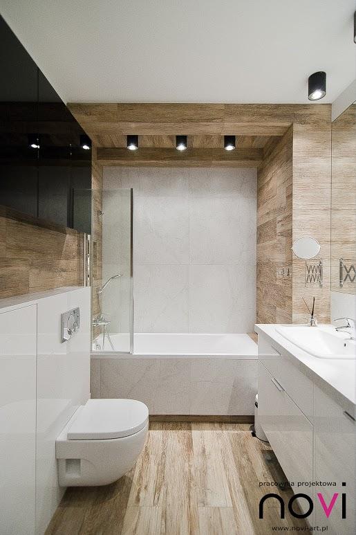 Galeria Zdjęć Zdjęcie Wąska łazienka W Drewnie Z