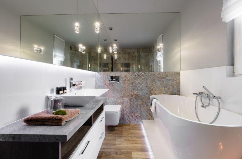 Galeria Zdjęć Zdjęcie Duża łazienka Z Wanną Wolnostojącą