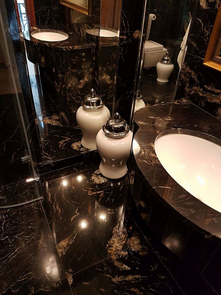 Granit w łazience