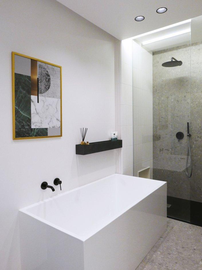 Galeria Zdjęć Zdjęcie Plakat Do łazienki W Złotej Ramie