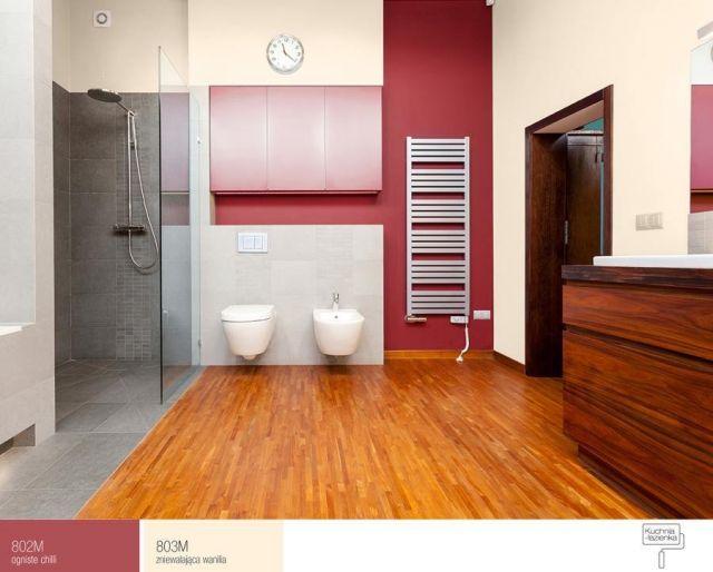 FFiL Śnieżka - połączenie kremowego i czerwonego w łazience
