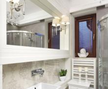 Mała łazienka w stylu glamour