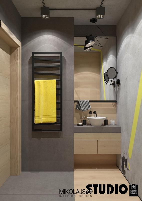 Mała łazienka w stylu loft z lustrem na ścianie