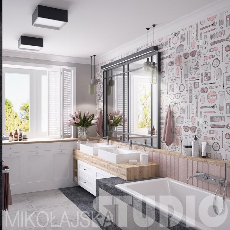 Duże lustro z czarną ramą w damskiej łazience z tapetą na ścianie