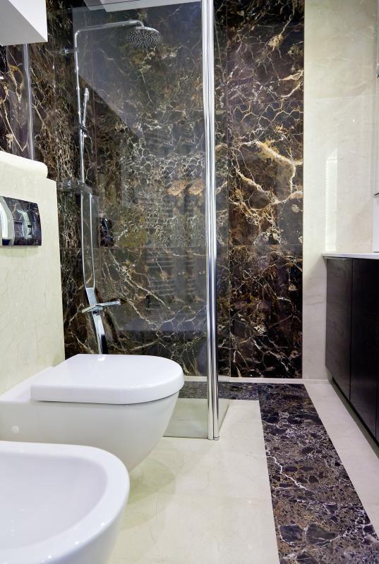 łazienka w kamieniu, marmur na ścianach w łazience - Grupa Ega