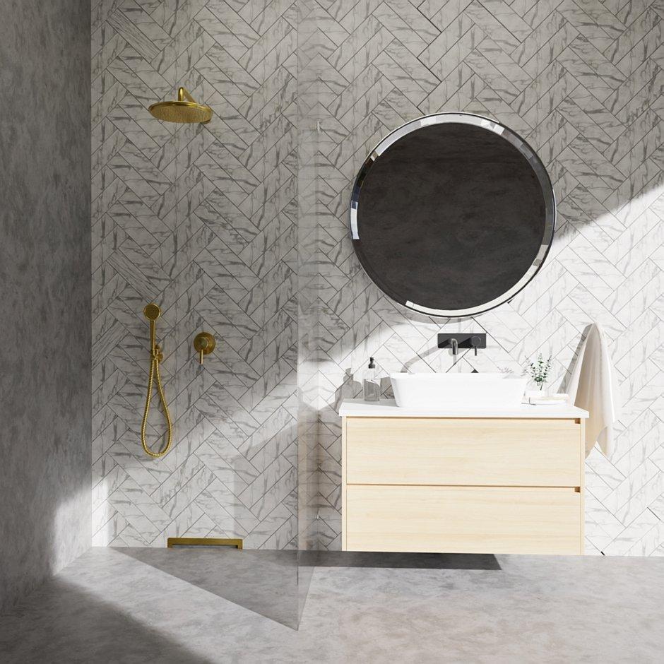 Aranżacja łazienki z odpływem ściennym Wall Slim Gold - Mosiądz M11
