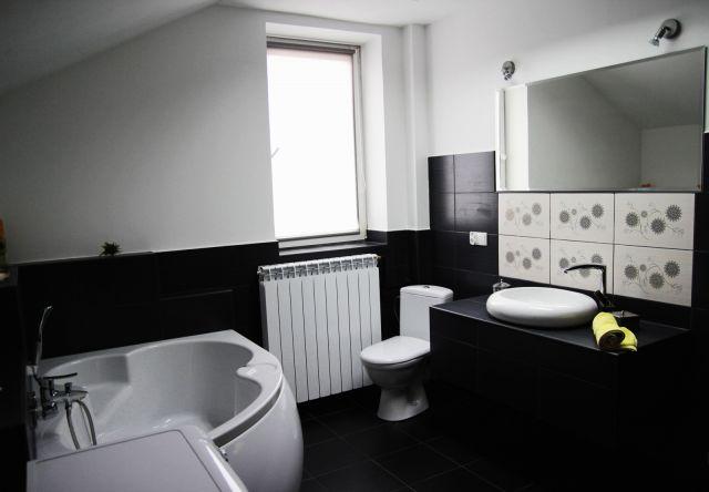 ela borowska - galeria - łazienka biało-czarna - Łazienkowe inspiracje, aranżacje łazienek ...