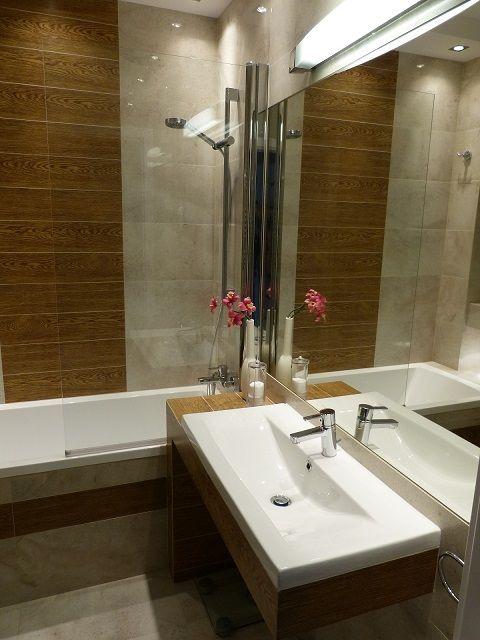 Urszula - galeria - aranżacja małej łazienki z wanną z parawanem nawannowym - Łazienkowe ...