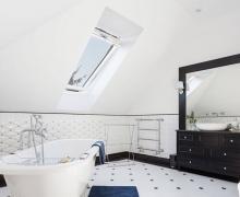 Stylowa łazienka na poddaszu