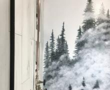 Surowa bateria prysznicowa z deszczownicą wykonaną z konewki ogrodowej