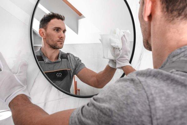 Jak prawidłowo czyścić lustra?