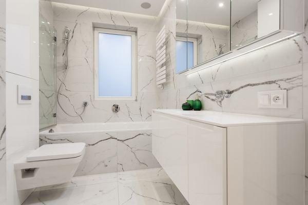 Marmur W łazience Podłogi ściany Dodatki Boksy