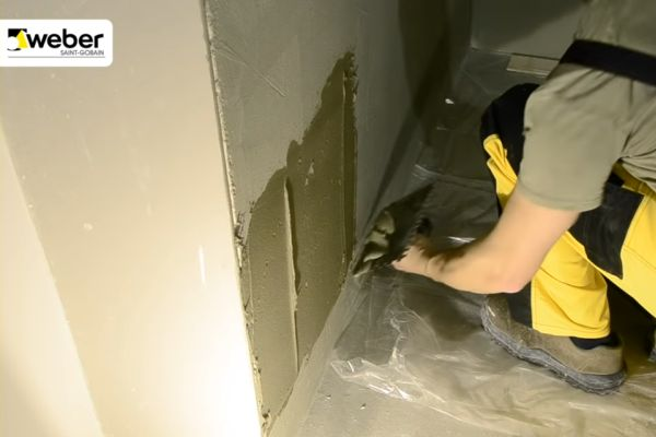 Kleje do płytek łazienkowych - ochrona zaczyna się pod płytką