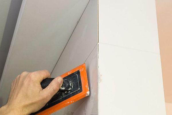 Fuga cementowa, epoksydowa, czy elastyczna - co wybrać do łazienki