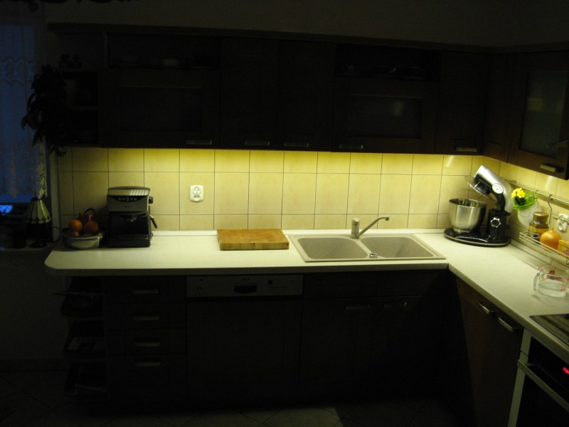 Kuchnia podświetlona diodami