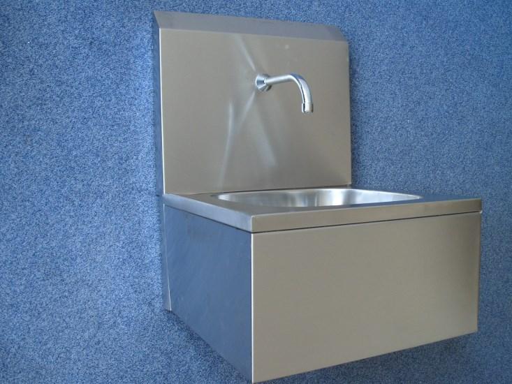 Skala - umywalka uruchamiana kolanem SLM1PK