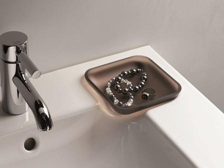 Sanitec Koło - ceramika iCon dostępna ze szkliwem KeraTect.