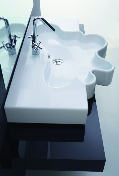 umywalka Splash w kształcie kleksa Coram Disegno