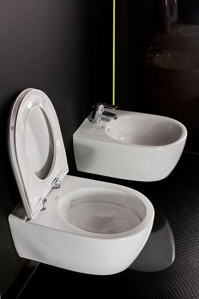 WC typu Rimfree KOŁO