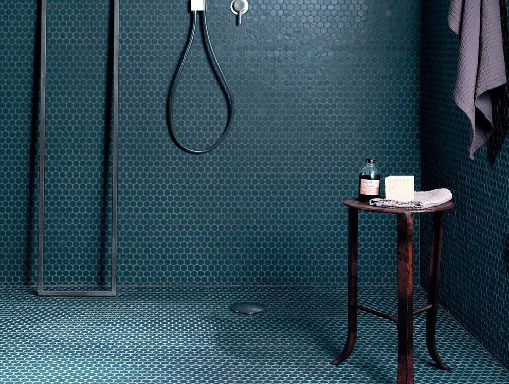 Mozaika w łazience Matt Penny-round Merolatile