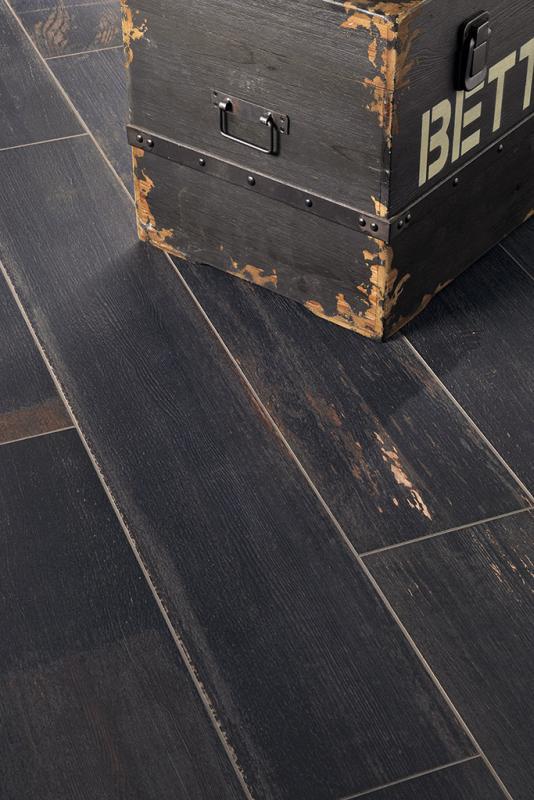 Płytki drewnopodobne Painted Wood Pitch Black Fioranese