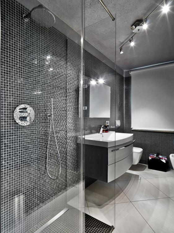 Mała łazienka Z Prysznicem Czy Z Wanną Woda I Kanalizacja