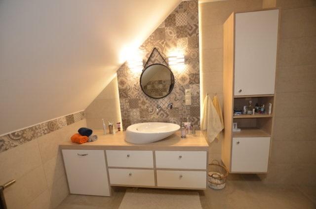 Bielone dębowe meble łazienkowe - Edar