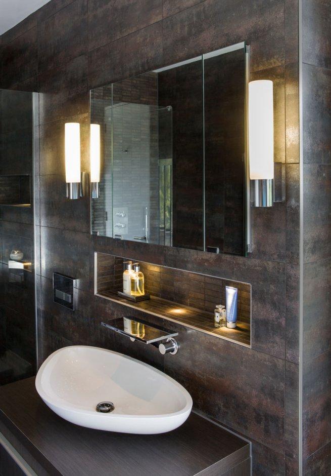 Boczne oświetlenie lustra w łazience