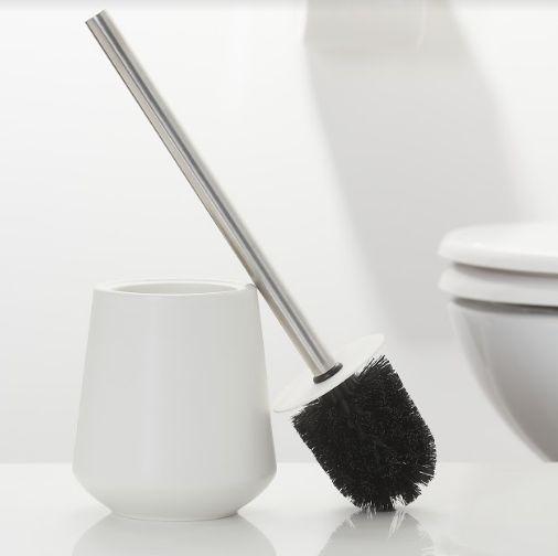 Osobna toaleta – wybór szczotki toaletowej