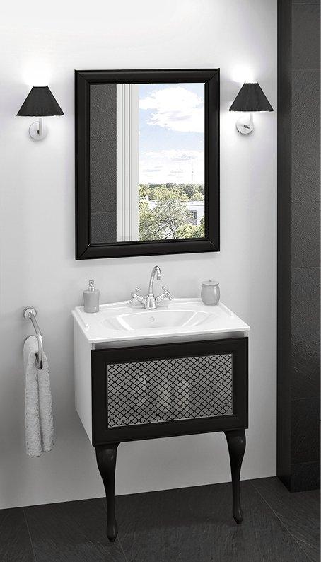 Dekoracyjne zdobienie mebli w damskiej łazience