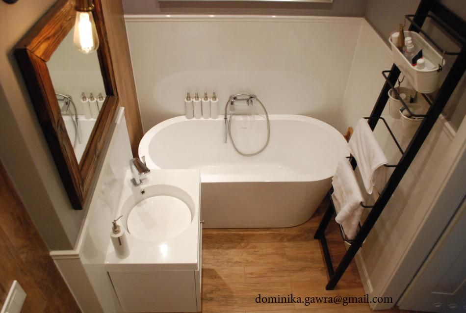 Akcesoria i dodatki do łazienki - drabina jako wieszak