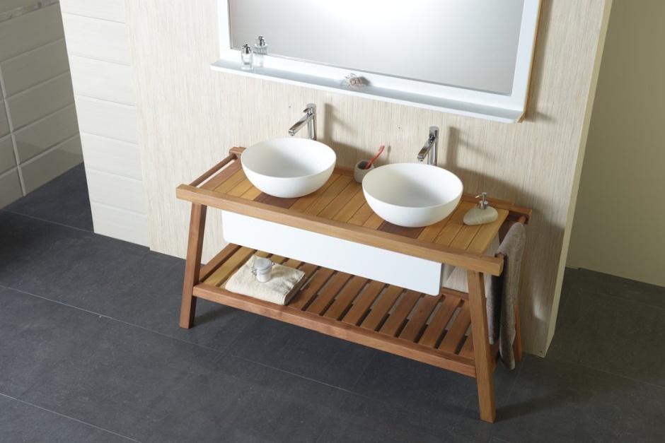 Drewniana konsola łazienkowa