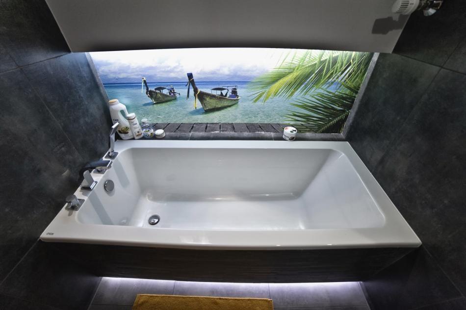 Fototapeta z morzem w łazience