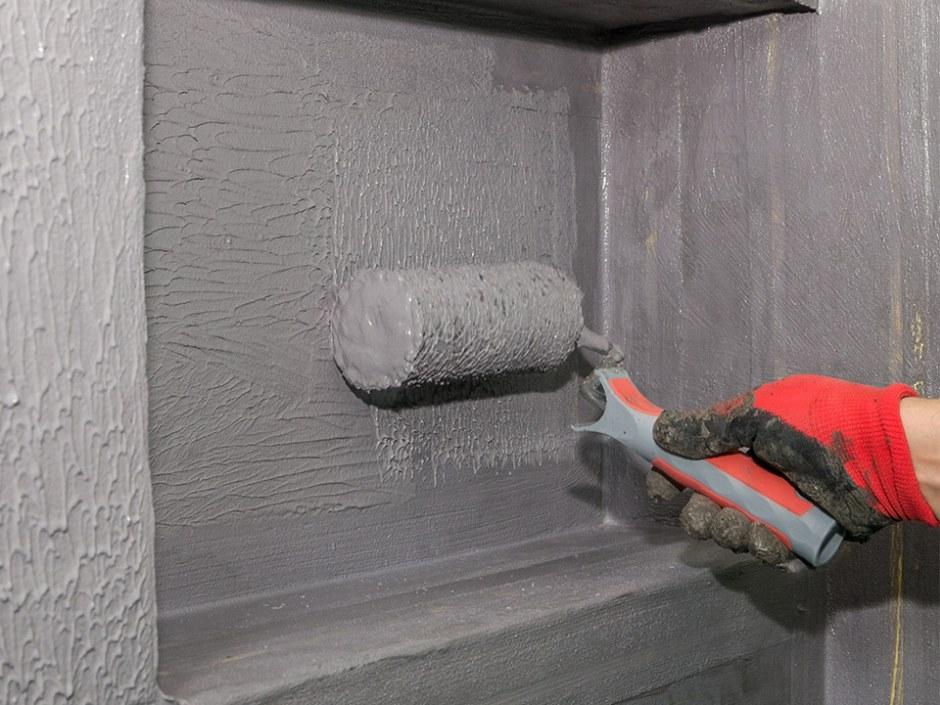Jak krok po kroku wykonać hydroizolację łazienki i odpływu liniowego