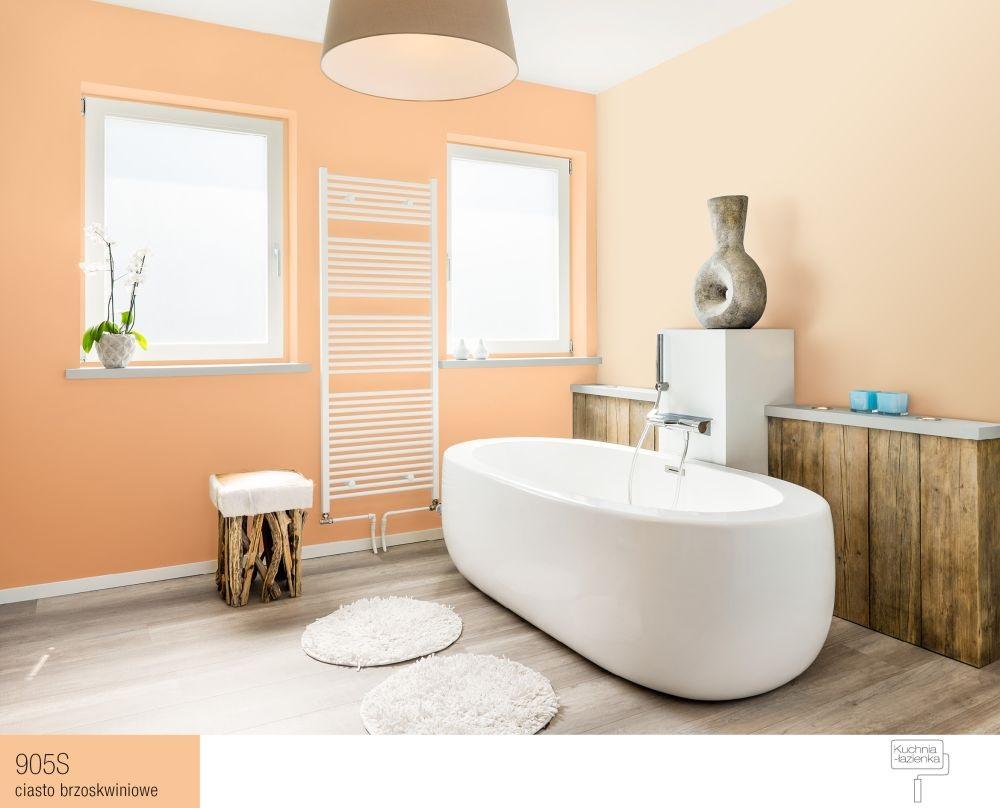 łazienka z brzoskwiniowymi ścianami