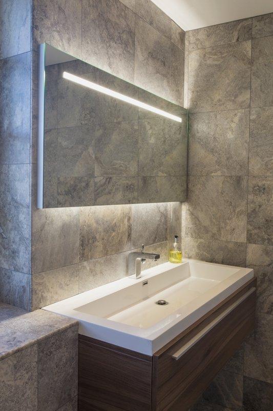 Lustro podświetlane LED w łazience Flair Aurora Technika Świetlna