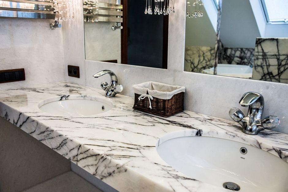 Naturalny marmur w łazience
