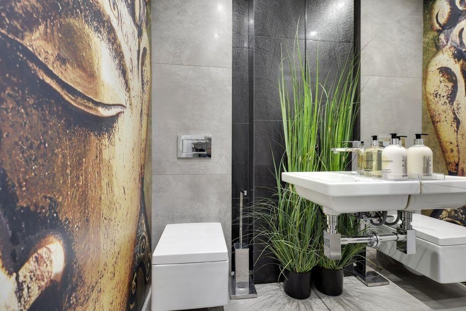 Motyw twarzy - fototapeta w łazience