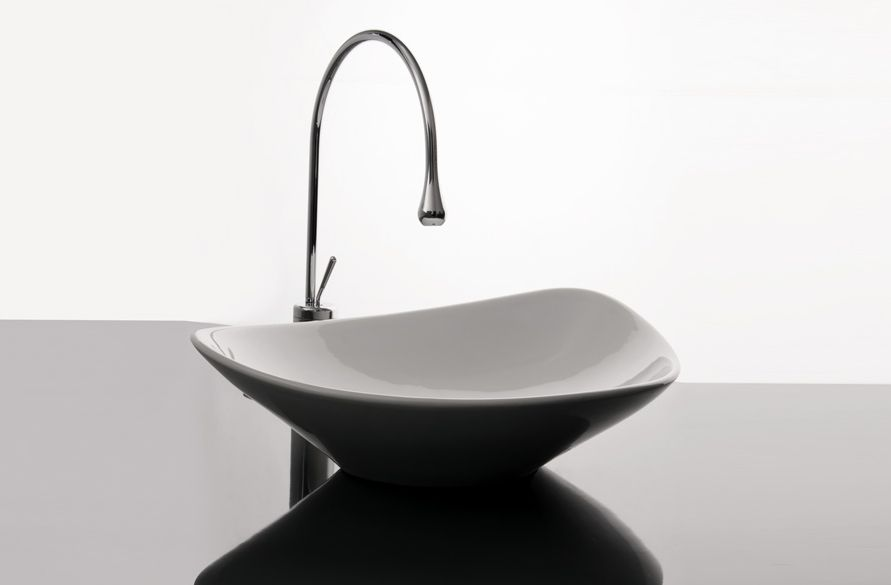 Excellent - Mała umywalka o unikalnym kształcie SINFONIA