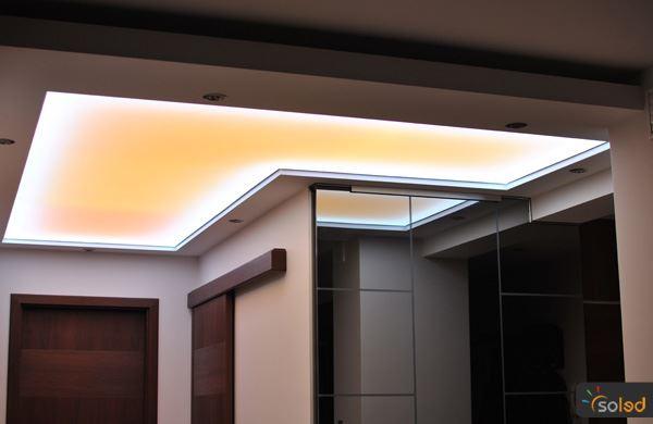 Oświetlenie w łazience sufit napinany Soled