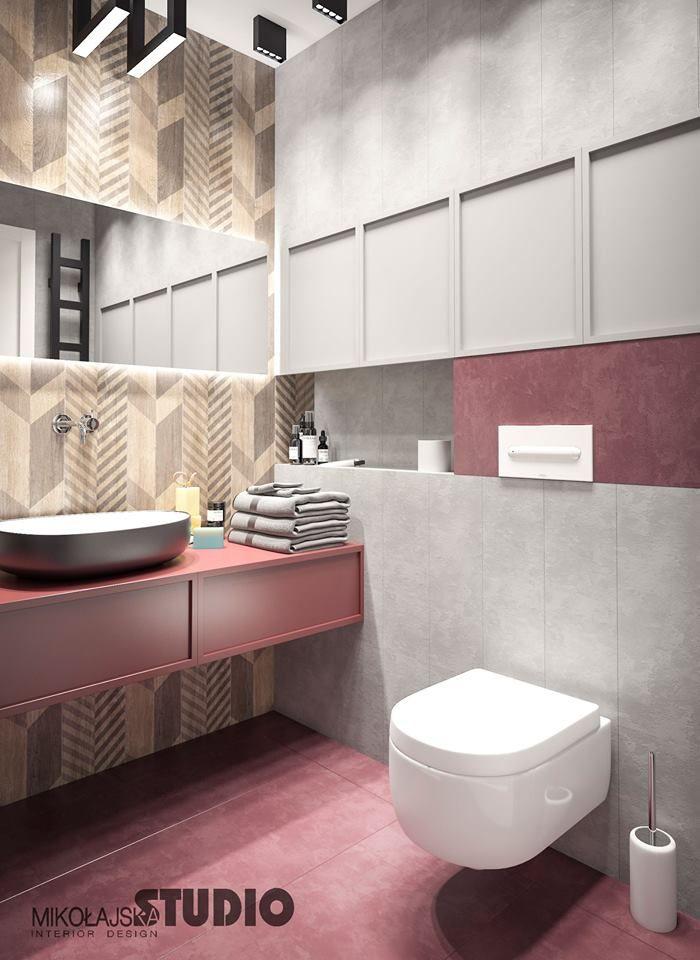 Meble łazienkowe z kolorowymi frontami - róż w łazience