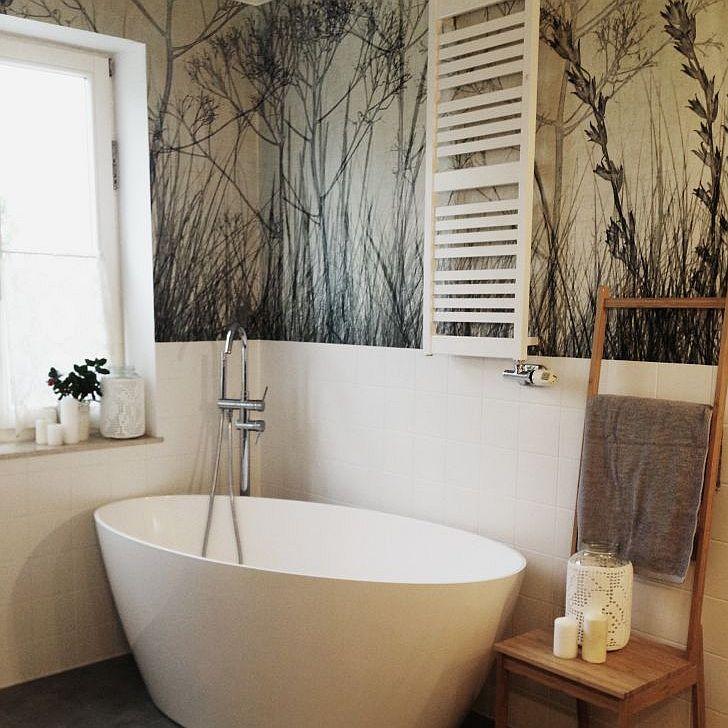 Ściany w łazience - motyw kwiatów