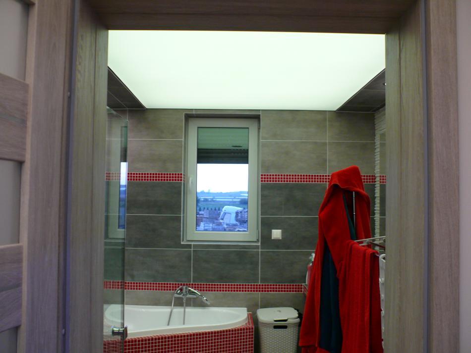 sufit podświetlany w łazience - E-Technologia