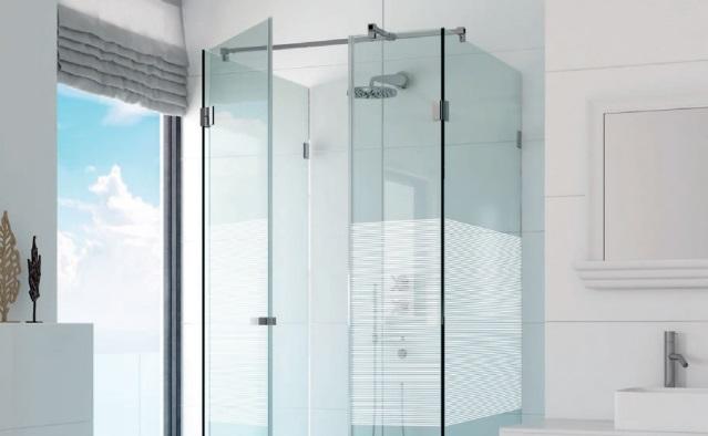 szklana kabina prysznicowa Glasimo zdobiona metodą Sitodruku