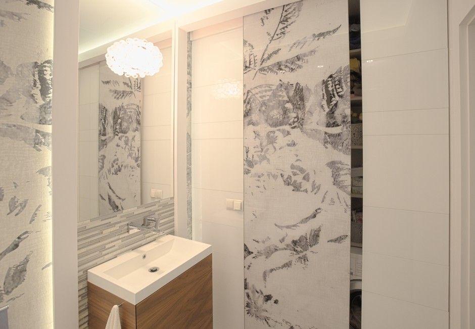 Szkło w łazience na ścianach
